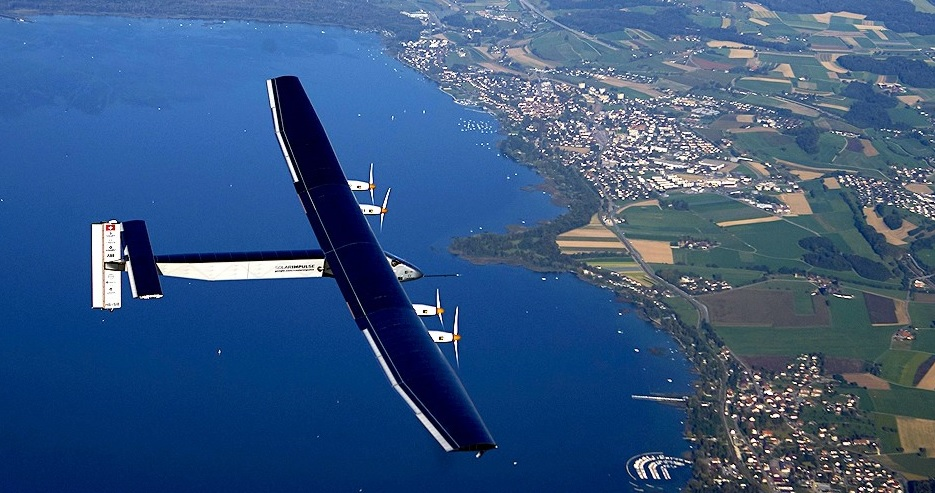 avion solar impulse 2